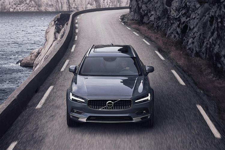 Volvo V90 2.0 D4 Cross Country Plus Including Metallic Paint image 4