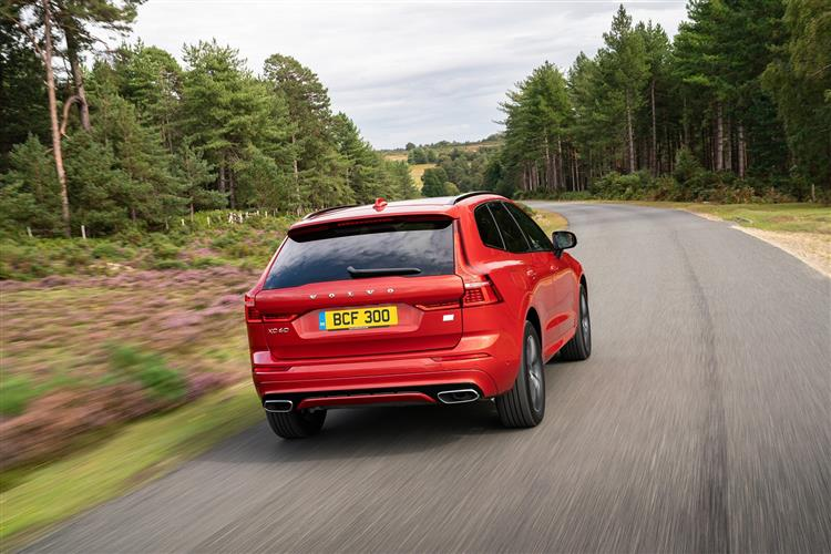 Volvo XC60 B4D FWD Momentum Automatic Metallic image 5 thumbnail