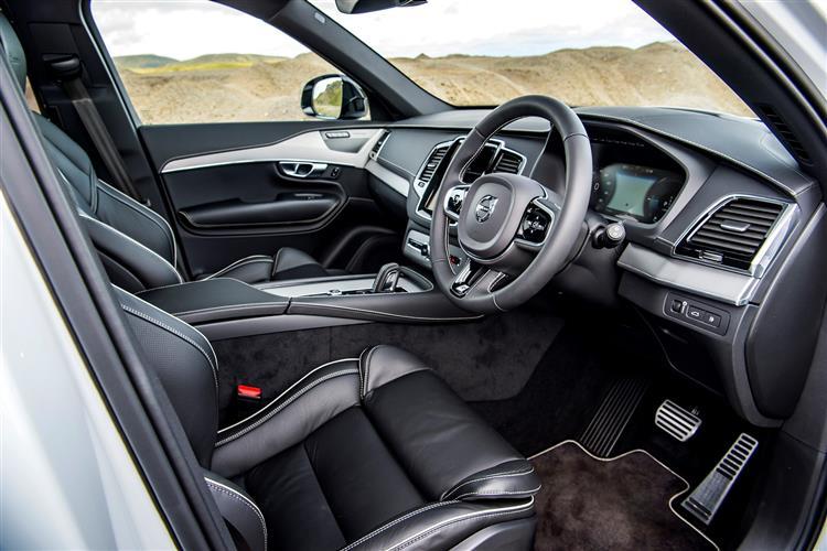 Volvo XC90 T8 Hybrid R-Design AWD Automatic image 8