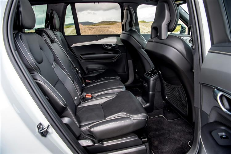 Volvo XC90 T8 Hybrid R-Design AWD Automatic image 9