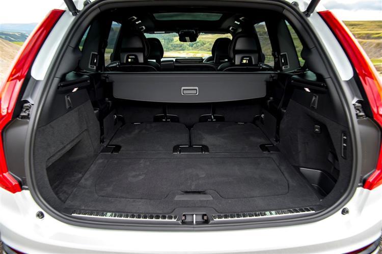 Volvo XC90 T8 Hybrid R-Design AWD Automatic image 12