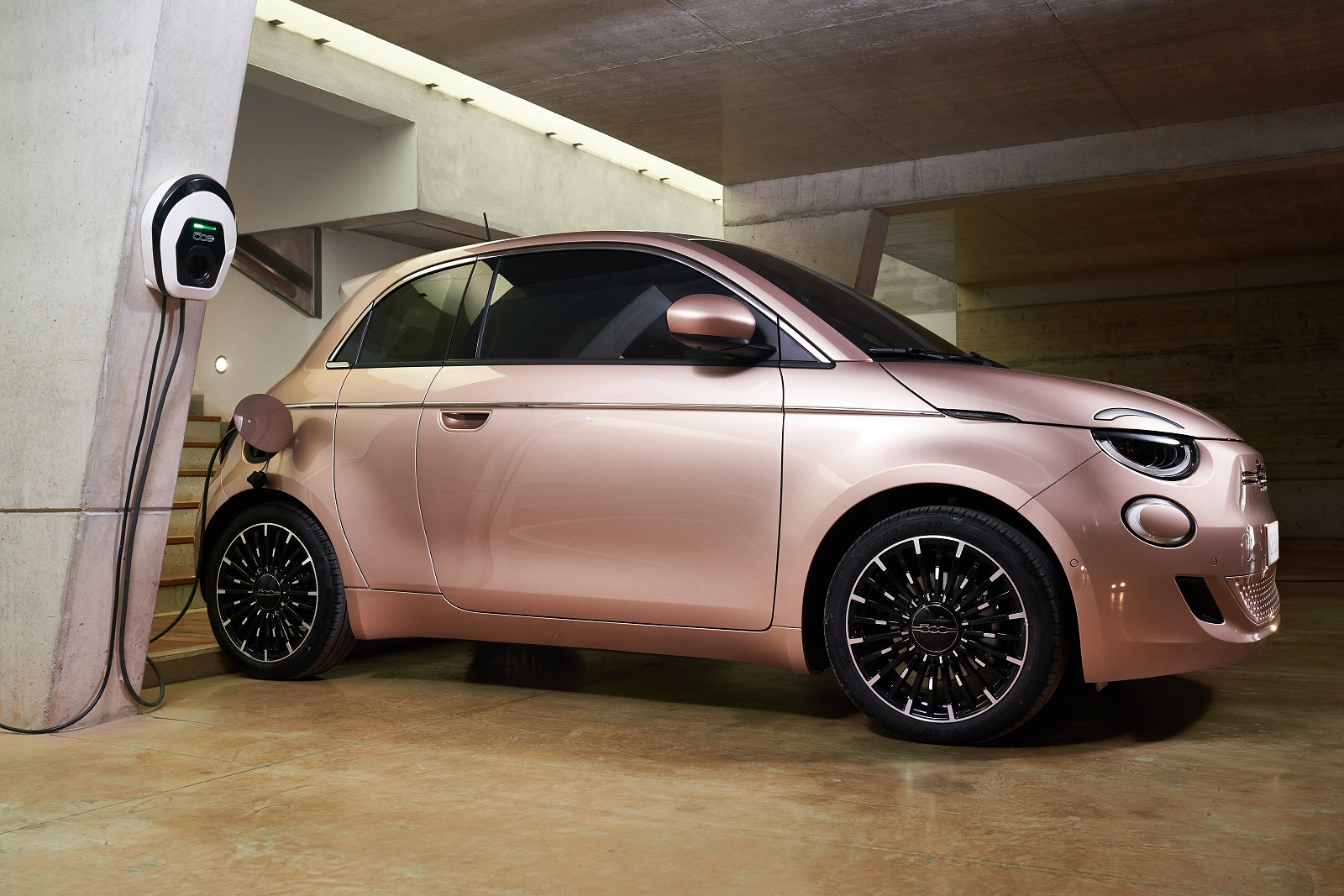 FIAT 500 HATCHBACK SPECIAL EDITIONS 1.0 Mild Hybrid Launch Edition 3dr