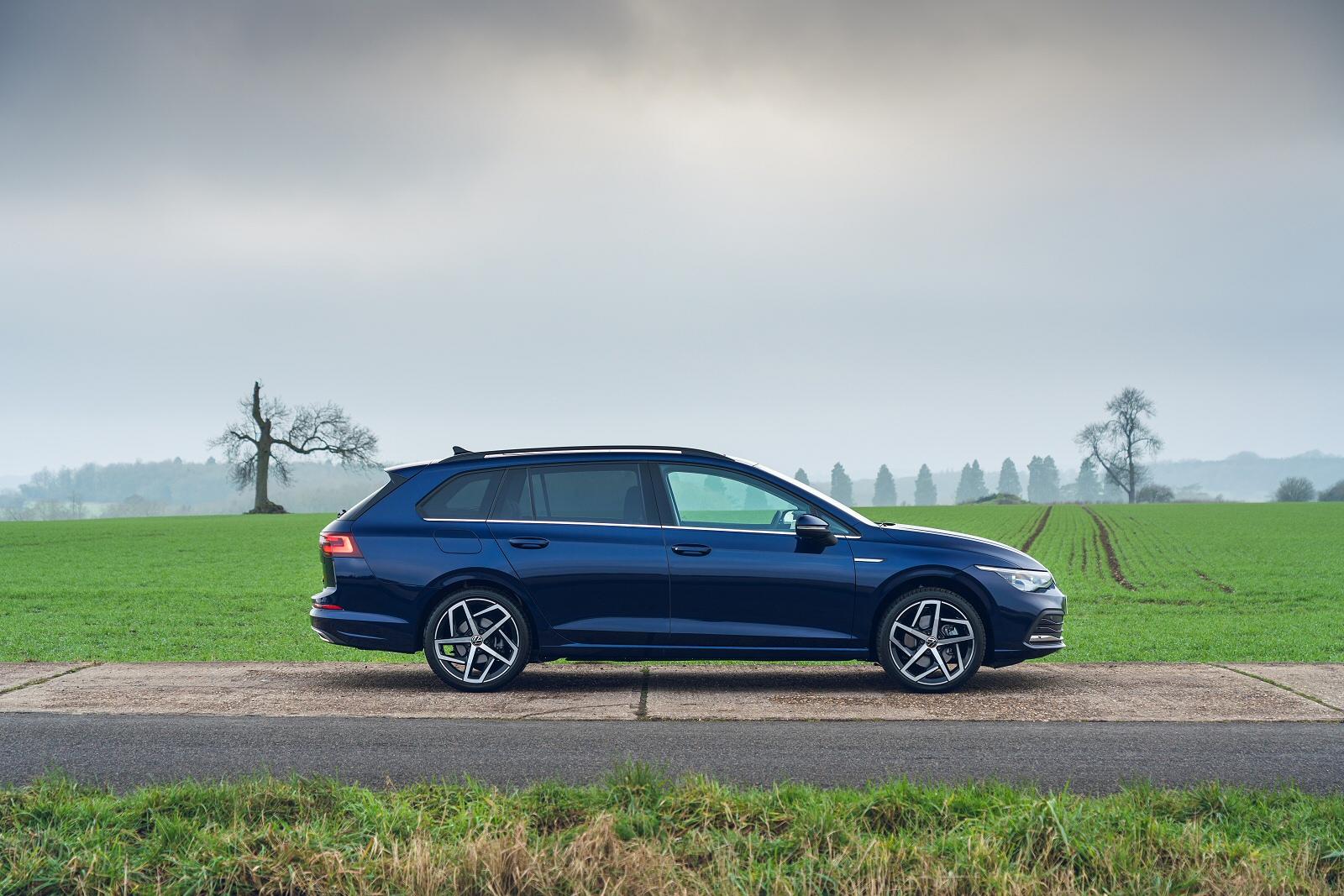 Volkswagen Golf Estate 1.0 eTSI Life 5dr DSG + Winter Pack
