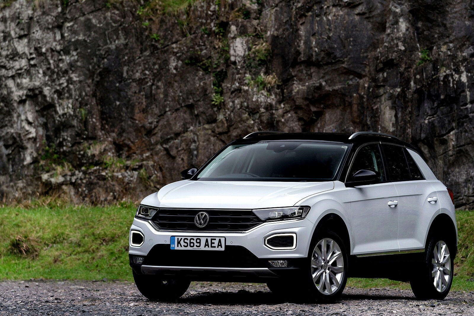 Volkswagen T-ROC Design 1.6 TDI 115PS 5Dr Manual + ELECTRIC TAILGATE