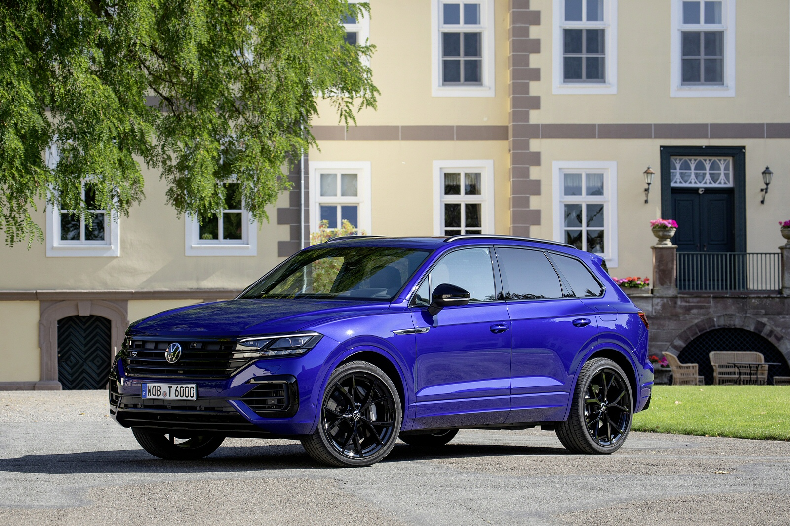 Volkswagen Touareg R + DRIVER ASSISTANCE PACK PLUS 3.0 TSI PHEV 462PS 4MOTION 8-speed Auto