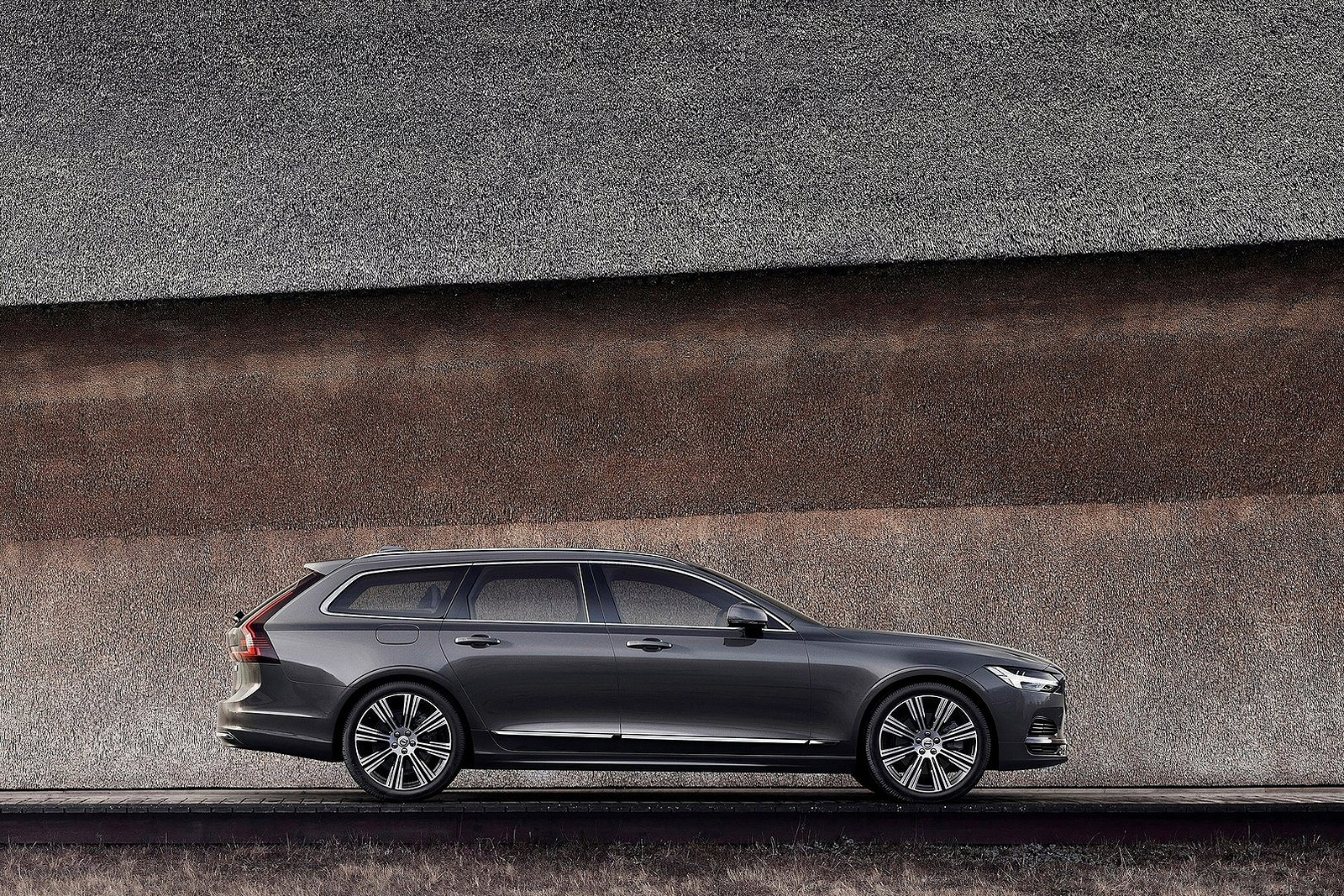 Volvo V90 Estate (2017)