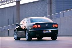 New Volkswagen Phaeton (2003 - 2010) review