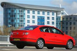 New Volkswagen Passat (2005 - 2010) review