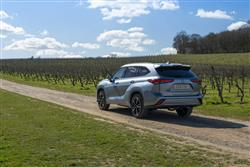 Car review: Toyota Highlander Hybrid