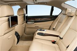 New BMW 7 Series (2012 - 2015) review