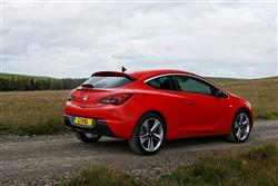 New Vauxhall Astra GTC (2011 - 2015) review