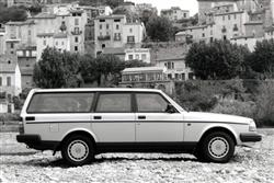 Car review: Volvo 240 (1983 - 1993)