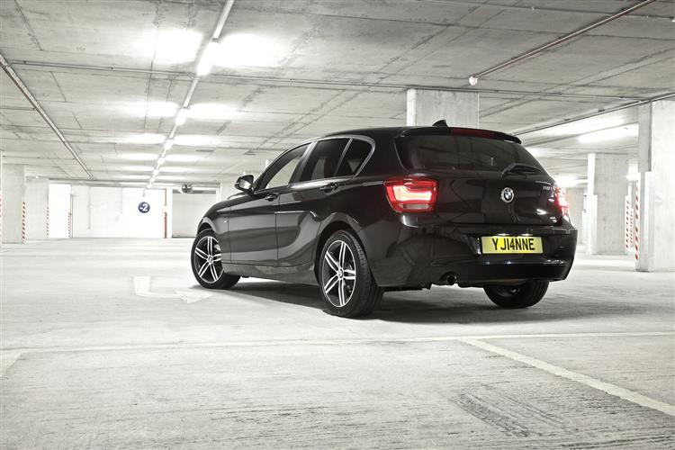 New BMW 1 Series Sports Hatch (2011 - 2015) review