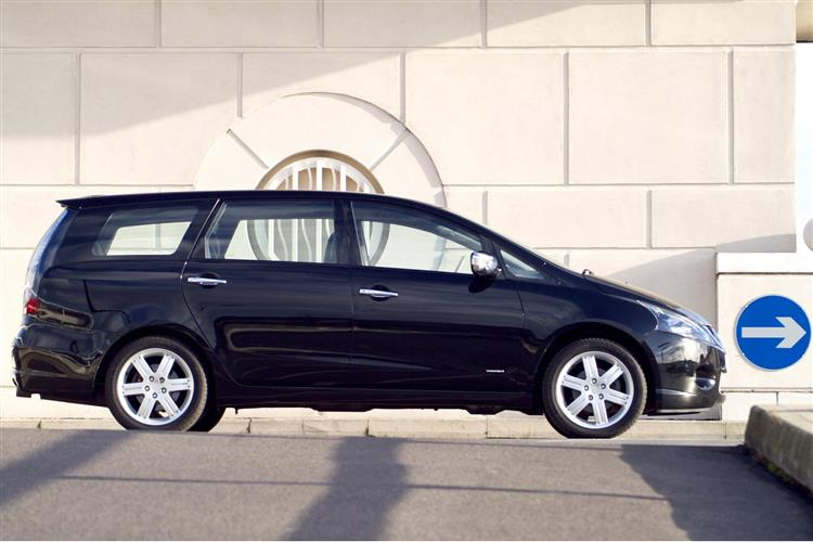 New Mitsubishi Grandis (2004 - 2009) review