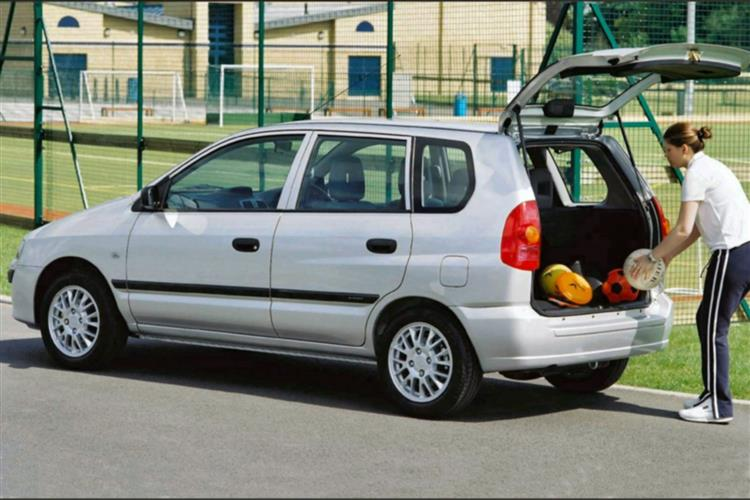 New Mitsubishi Space Star (2002 - 2006) review