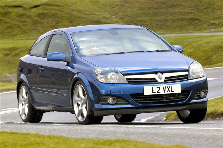 New Vauxhall Astra (2004 - 2009) review