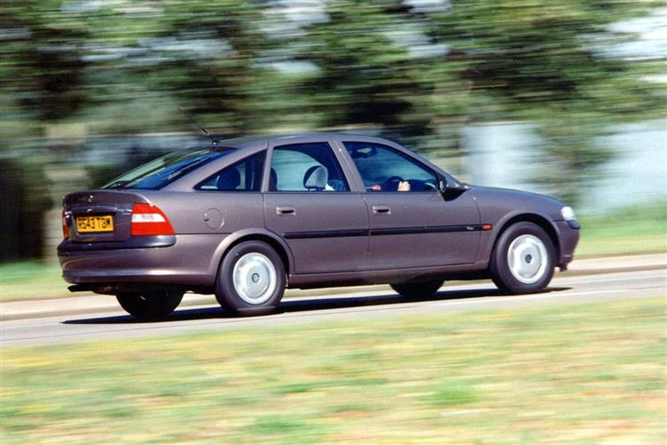 New Vauxhall Vectra (2002 - 2005) review
