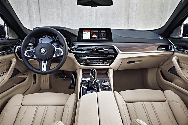 BMW 5 SERIES 520d M Sport 5dr Auto