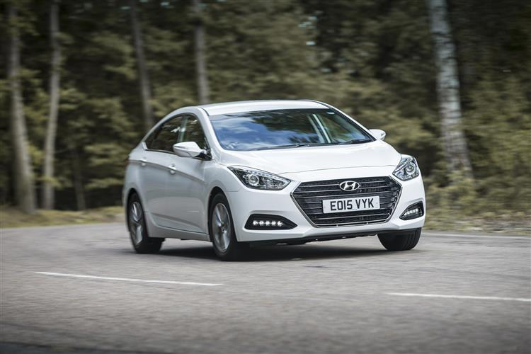 Brand new hyundai i40 17 crdi blue drive s 5dr arnold clark performance 70 handling 70 comfort 70 space 70 styling 80 build 80 value 80 equipment 80 economy 70 depreciation 70 publicscrutiny Choice Image