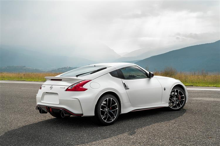 nissan 370z finance and leasing deals leaseplan. Black Bedroom Furniture Sets. Home Design Ideas