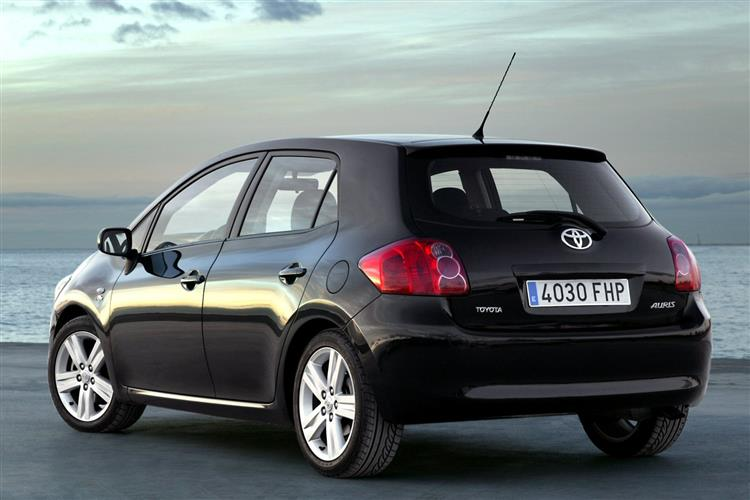 2007 2010 Toyota Auris Review Exchange And Mart