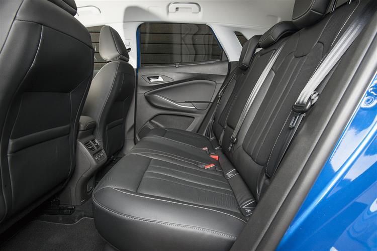 Vauxhall GRANDLAND X 1.2T Sport Nav 5dr [8 Speed] Auto