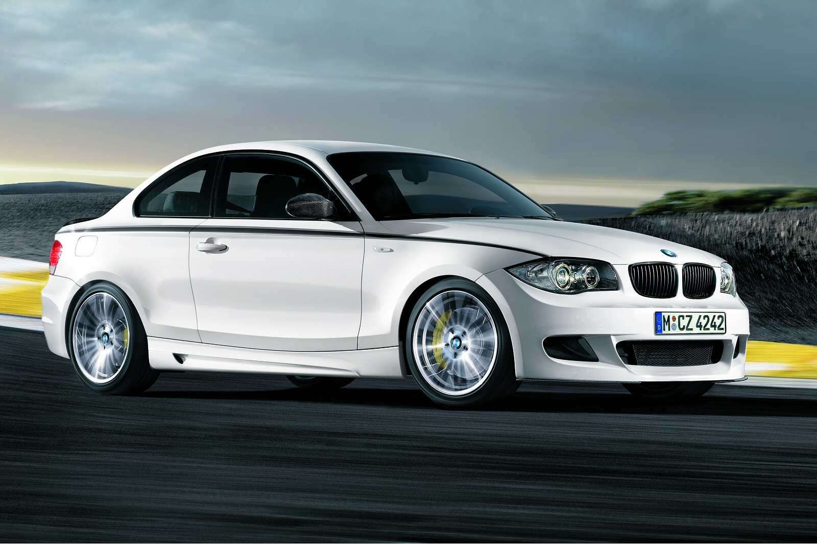 1 FOR THE ROAD\' - BMW 1 Series (2004- 2011) Range Independent Used ...