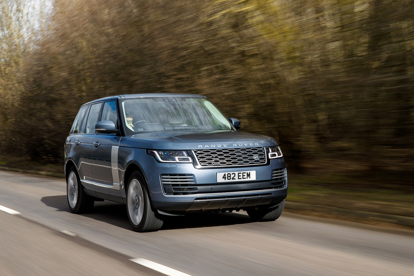 'FRIEND OF THE EARTH' - Range Rover P400e Independent New ...