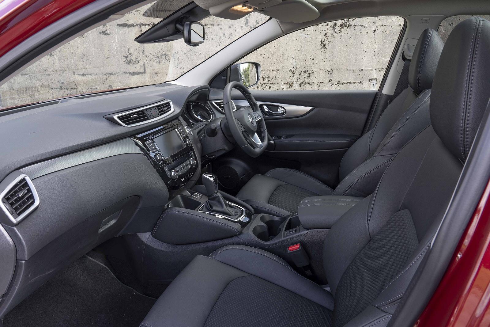 NissanQashqai1019Int(2)