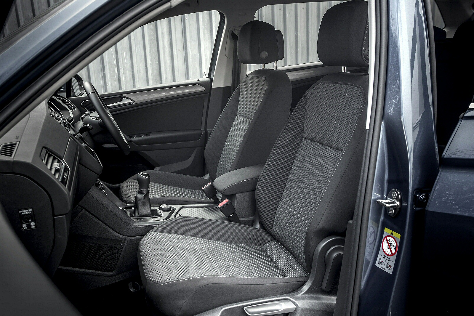 VolkswagenTiguanAllspace0219Int(2)