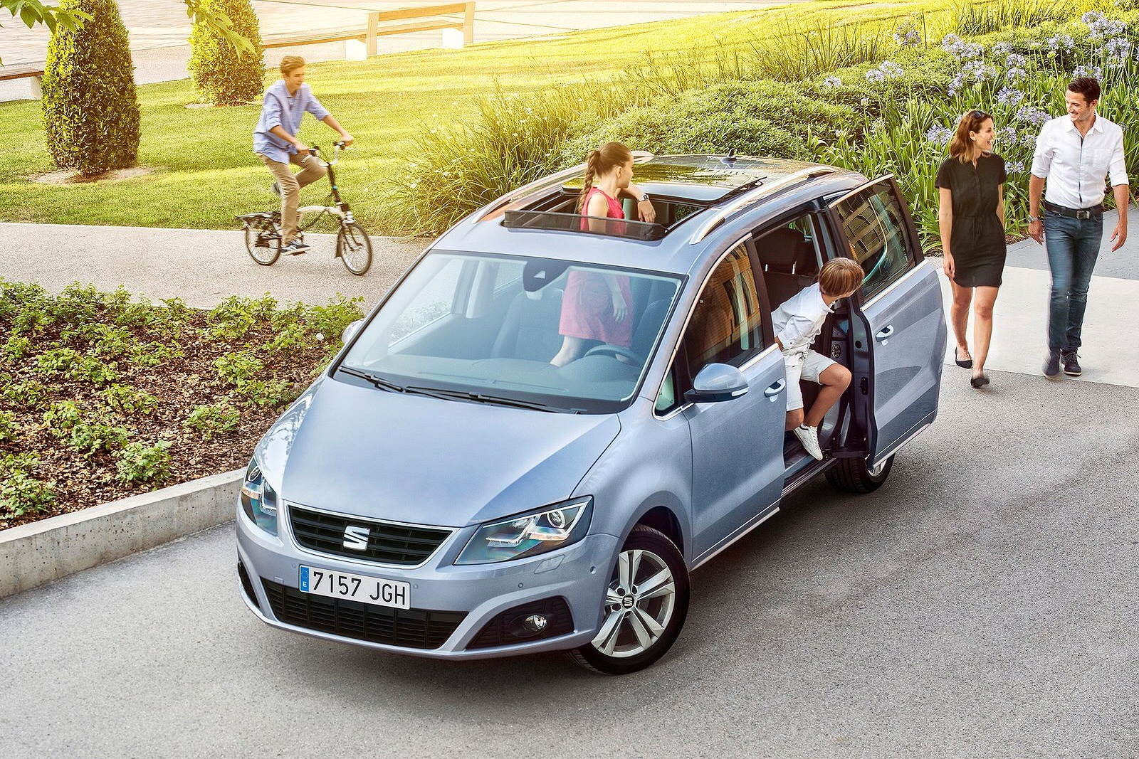 you can call it al seat alhambra range independent new review ref 129 1167. Black Bedroom Furniture Sets. Home Design Ideas