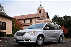 New Chrysler Grand Voyager (2008 - 2015) review
