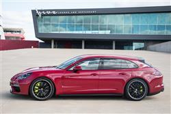 New Porsche Panamera review