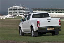 New Toyota Hilux (2012 - 2016) review