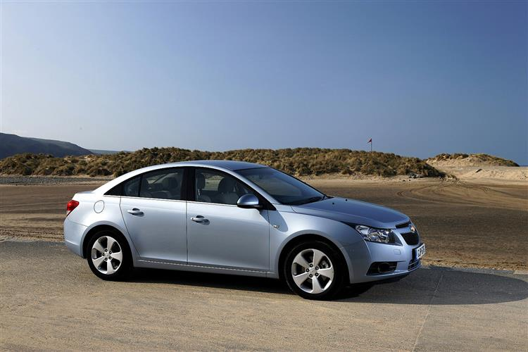 New Chevrolet Cruze (2008 - 2015) review