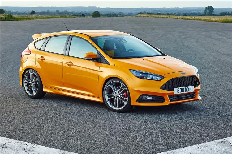 New Ford Focus ST (2015 - 2017) review