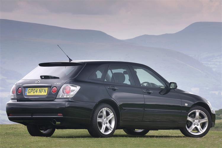 New Lexus IS Sportcross (2001 - 2005) review