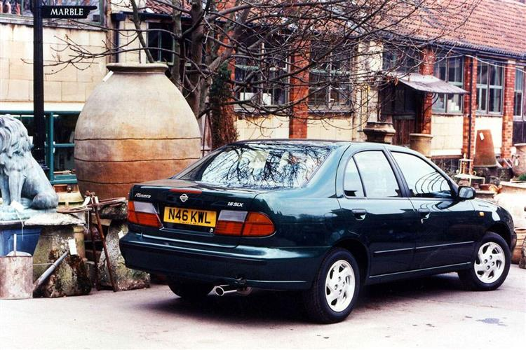 New Nissan Almera (1995 - 2000) review