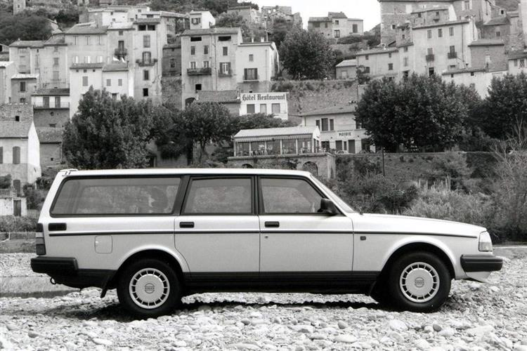 New Volvo 240 (1983 - 1993) review