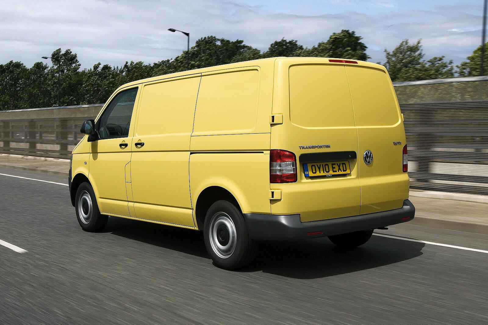 quality transport volkswagen transporter t5 van 2003. Black Bedroom Furniture Sets. Home Design Ideas
